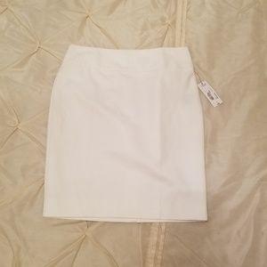 Worthington White skirt